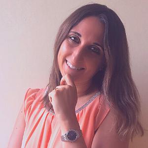 Eleonora Pezzana. traduttrice interprete Biella
